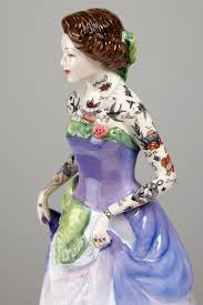 tattooed porcelain figures by jessica harrison colossal
