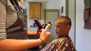 youtube young boys getting haircuts how to cut little boy faux hawk haircut youtube