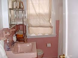 Painting Ideas For Bathroom Small Bathroom Paint Ideas Small Bathroom Paint Ideas Pinterest