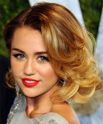 how to style miley cyrus hairstyle the hottest miley cyrus hairstyles all of time latest hair