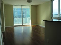 Laminate Flooring In Miami 1 Bedroom 1 5 Bathroom Condo For Rent In Downtown Miami Met