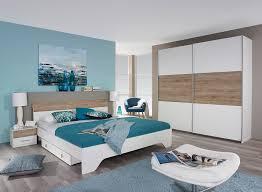 chambre contemporaine blanche lit adulte contemporain avec chevets blanc chêne clair nahel