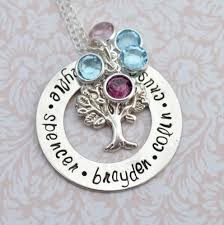 personalized family tree necklace personalized sted jewelry family tree necklace