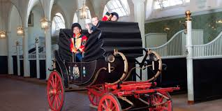 five fascinating facts about london u0027s royal mews