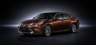 toyota lexus 2015 refreshed lexus es debuts at shanghai motor show autoguide com news