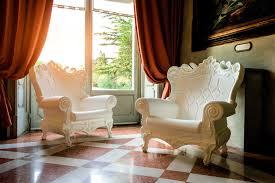 Queen Armchair Queen Of Love Slide Design