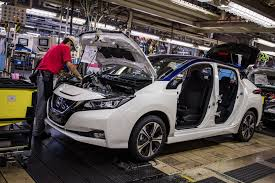nissan minivan 2018 production of 2018 nissan leaf to begin in us u0026 uk by the end of 2017