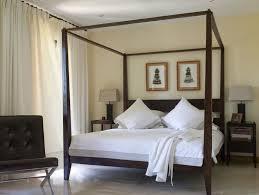 Four Poster Bedroom Sets 4 Poster King Bedroom Set Fascinate Modern Four Poster Bed Do