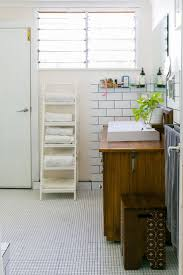 updating bathroom ideas best 25 rental bathroom ideas on pinterest small rental