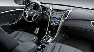reviews on hyundai elantra 2014 a review of the 2014 hyundai elantra gt s features and performance