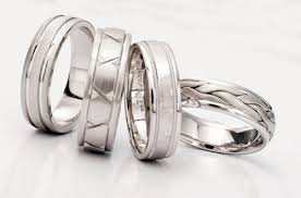 Best Metal For Mens Wedding Ring by Best Metals For Men Wedding Rings The Wedding Specialiststhe
