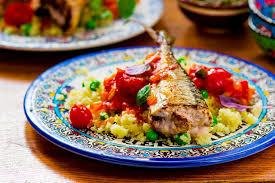 comment cuisiner le congre poisson recette couscous de poissons au basilic