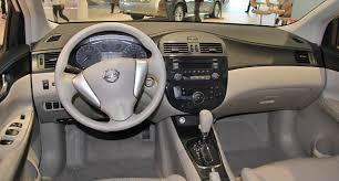 nissan tiida hatchback 2014 file 2013 nissan tiida 1 6t xv interior jpg wikimedia commons