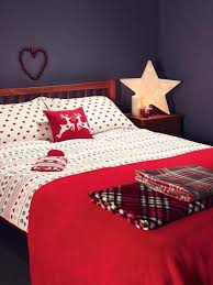 32 adorable christmas bedroom décor ideas digsdigs