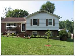 tri level home 605 e 11th newton nc 28658 presented by don anthony