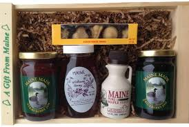 maine gift baskets maine gift basket gift set with maine made flavors