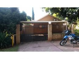 Bedroom Garden Cottage To Rent In Centurion - results for rent in property in moot junk mail