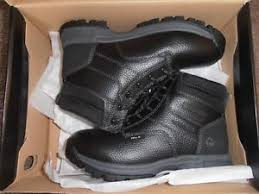 s waterproof boots size 9 mens wolverine waterproof boots size 9 1 2 wide ebay