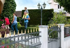 portails de jardin clôtures et portails de swissclôture zaunteam