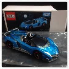 blue lamborghini veneno tomy tomica lamborghini veneno roadster 1 67 blue ebay