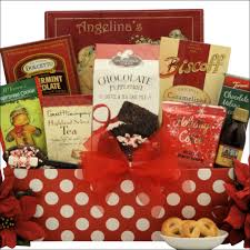 christmas gift baskets family gift basket a christmas morning gift basket giftbasketvillas
