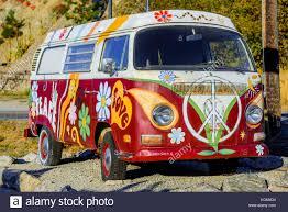 minivan volkswagen hippie painted van stock photos u0026 painted van stock images alamy