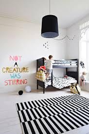 chambre fille et blanc chambre enfant en noir blanc