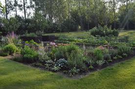 garden layouts for vegetables square foot garden interesting vegetable garden ideas for