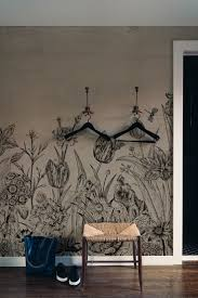 713 best if these walls could talk images on pinterest behangfabriek tapete papier peint tulips tulp taupe
