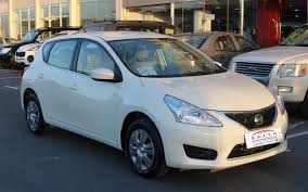 nissan altima yalla motors used nissan tiida hatchback 2016 car for sale in doha 719493