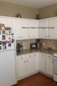 painting thermofoil cabinets with annie sloan part 1 farm fresh here are a few before pictures as you can see i have some great things to work with the backsplash is great as is the countertop the appliances are going