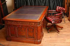 Partner Desk For Sale Mahogany Presidents Resolute Desk Partners U0026 Chair Set For Sale