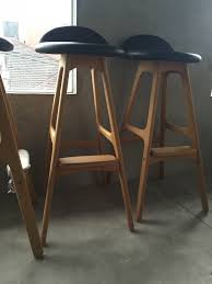 the tale of one bench three kitchen stools and a happy home a