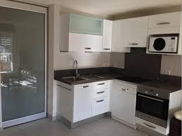 cuisine d appartement aménagement d une cuisine dans un petit appartement à sanary aix