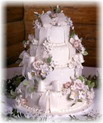 wedding cake tiers gorgeous wedding cake eight tier with fresh flowers