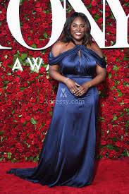 danielle brooks navy off the shoulder plus size dress tony awards