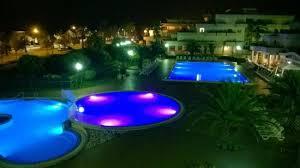 grottammare le terrazze piscine di notte foto di residence hotel le terrazze