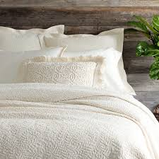 Duvet Vs Coverlet Matelassé Coverlets U0026 Bedding Pine Cone Hill