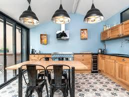 cuisine industriel cuisine industrielle deco une cuisine bleue au style industriel