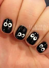 spooky eyeball nails easy halloween nails easy halloween and makeup