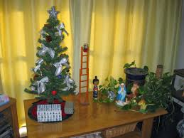 diy christmas decorations ideas how to make a tree corkboard ideas large size christmas decoration ideas small spaces mahalolena simple apartment decorating for decorations office