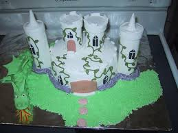 cake 02a1 castle u0026amp dragon cake