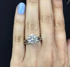 difference between engagement ring and wedding band what is the difference between an engagement ring and a wedding
