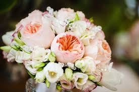 wedding flowers peonies great advice from a wedding florist to out the peonies