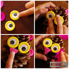 owl pinecone craft