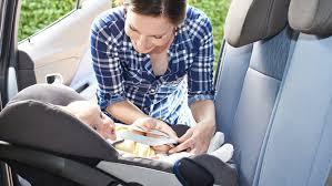 siège auto pour bébé siège auto enfant comment le choisir et l installer