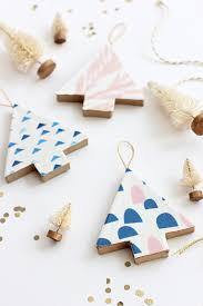 and loisdiy fabric covered tree ornaments