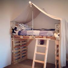 The 25 Best Diy Pallet by The 25 Best Pallet Loft Bed Ideas On Pinterest College Must