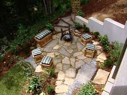 Backyard Flagstone Patio Ideas How To Create A Mulched Flagstone Patio How Tos Diy