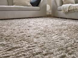 tappeto a pelo lungo tappeto pelo lungo beige idee per la casa